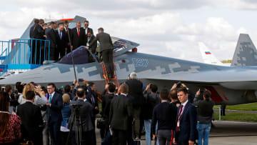 بوتين وأردوغان يتفقدان المقاتلة الأكثر تطوراً لدى روسيا