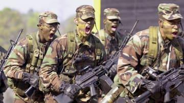 مقارنة بين قدرات الجيش الأمريكي ونظيره الإيراني