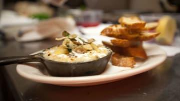 مدن أمريكية غير متوقعة يجب زيارتها لمشهد طعامها المزدهر