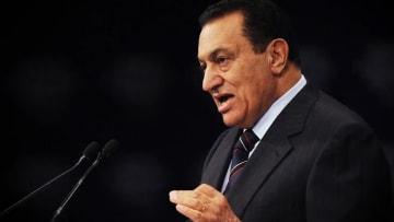 الرحيل الأخير في فبراير.. كل ما قد تحتاج معرفته عن مسيرة حسني مبارك