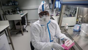 فيروس كورونا.. هل اقترب العلماء من تطوير لقاح جديد؟