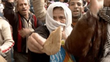 مصر بعد ثلاثة أعوام.. من بطل يناير؟