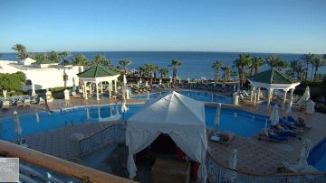 منتجعات مصر تعود إلى الحياة على شواطئ البحر الأحمر