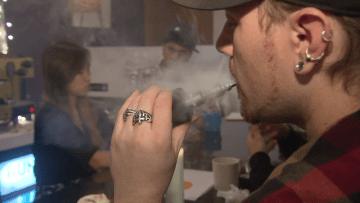 في دراسة جديدة... السجائر الإلكترونية أقل ضرراً بنسبة 95 في المائة