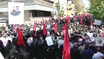 بالفيديو.. تشييع الجنرال بالحرس الثوري حسين حمداني في طهران