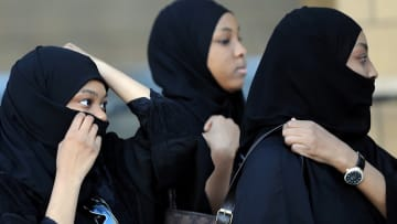 السعوديات يدخلن المجالس البلدية بعد الشورى وأسواق العمل.. وأحلامهن الكبيرة تنتظر التحقيق