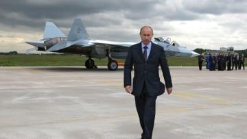 بالفيديو.. تقرير يحلل الغموض بطريقة سير فلاديمير بوتين