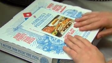 بالفيديو: زبونة تتلقى عبارات مهينة على فاتورة البيتزا