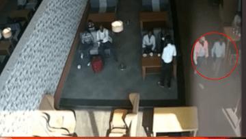 بالفيديو: تفجير الطائرة الصومالية بكمبيوتر مفخخ.. هل سجلت عمليات حركة الشباب قفزة نوعية؟