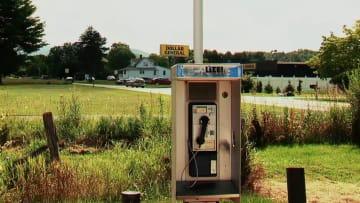هل تصدق.. هذه البلدة تعيش دون هواتف متحركة أو انترنت لاسلكي
