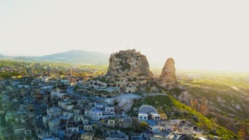 اكتشف هذه المدينة الخفية تحت الأرض في تركيا