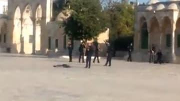 """إسرائيل: قتل 3 """"مسلحين"""" أطلقوا النار على الشرطة الإسرائيلية قرب المسجد الأقصى"""