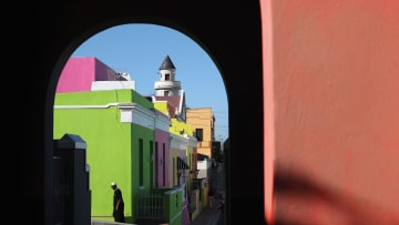 اليونان بالأبيض والمغرب بالأزرق والمكسيك بالأصفر..ما سر ألوان المدن؟