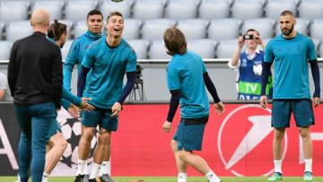 شاهد.. استعدادات ريال مدريد قبل مواجهة بايرن ميونخ بدوري أبطال أوروبا