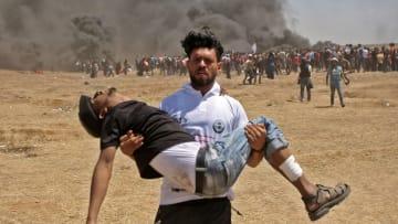 مباشرة من غزة.. هذا ما شاهده مذيع CNN بأول يوم لافتتاح سفارة أمريكا في القدس