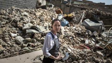 أنجلينا جولي تزور الموصل بعد أقل من عام على تحريرها