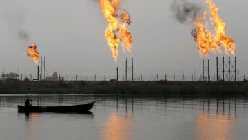 أين تتجه أسعار النفط وموازنات الخليج في 2018؟