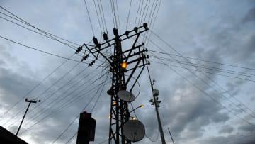 بعد توقف إمدادات إيران..ما بدائل العراق للحصول على الكهرباء؟