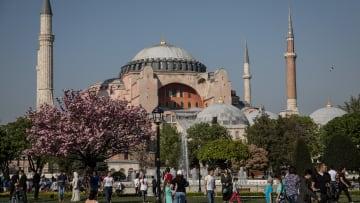 """دعوات سعودية """"شعبية"""" لمقاطعة السياحة التركية.. ما تأثيرها؟"""
