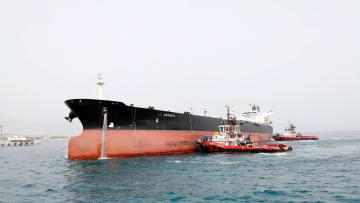 عقوبات النفط الإيرانية.. هل يعيد التاريخ نفسه وتقفز الأسعار؟