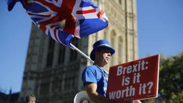 بين مؤيد ومعارض.. ما هو القادم لبريطانيا وبريكست؟