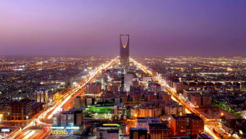 كيف تفوقت السعودية والإمارات على تركيا في جذب الكفاءات؟