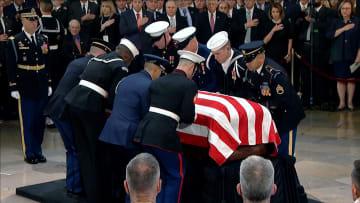 شاهد رحلة بوش الأب الأخيرة إلى واشنطن