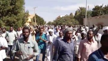 مشاهد حصرية لاحتجاجات السودان ومطالب برحيل البشير