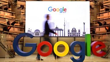"""""""غوغل"""" تتجاوز التحرش الجنسي ومشاكل خصوصية البيانات"""