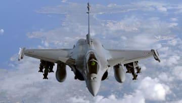 """هذه أبرز مميزات مقاتلة """"رافال"""" التي تمتلكها مصر وقطر"""