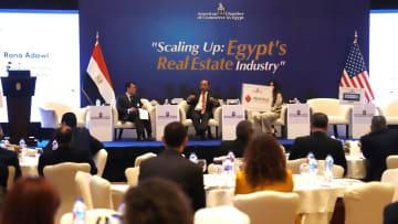 عدد السكان والزيادة السنوية الكبيرة تدعم قطاع العقارات بمصر