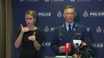 شرطة نيوزيلندا: تم التعرف على جميع الضحايا الـ50 بإطلاق نار المسجدين
