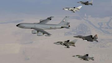 مقارنة بين سلاح الجو الأمريكي ونظيره الإيراني
