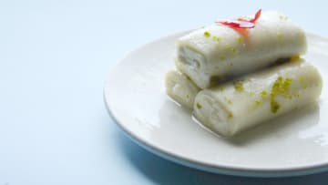 برع السوريون في صنعها.. فما هو أصل حلاوة الجبن؟