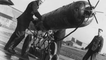 الطوربيد.. كيف تطور وأصبح سلاح البحرية الفتاك؟