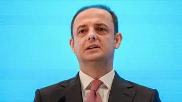 انتقادات واسعة لأردوغان بعد إقالة محافظ البنك المركزي التركي