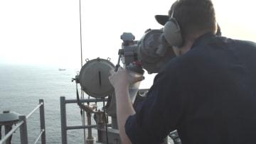 CNN على متن سفينة أمريكا الحربية في الخليج.. خطأ يسبب كارثة