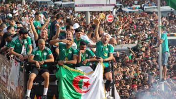 شاهد.. احتفالات الجزائر برياض محرز وزملائه بعد الفوز بأمم أفريقيا