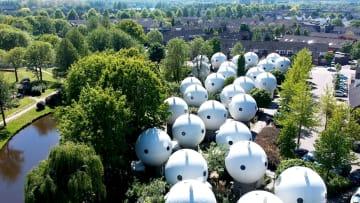 منازل المستقبل في هولندا..وكأنها غزو كائنات فضائية