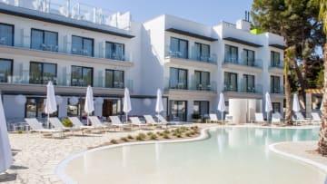 فندق للنساء فقط يفتتح في اسبانيا