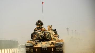 مقارنة بين قدرات الجيشين التركي والسوري