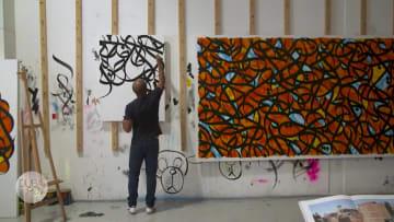 انتشرت أعماله حول العالم.. إل سيد يجلب فن الشارع إلى دبي