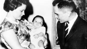 بعيد ميلاده الـ58.. صور نادرة للعاهل الأردني الملك عبدالله