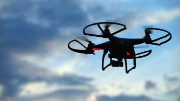 """شاهد ماذا يمكن أن تحققه الروبوتات وطائرات الـ""""درون"""" مستقبلاً"""