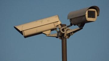 السجن أو الترحيل للمخالفين.. روسيا تكافح فيروس كورونا بكاميرات المراقبة