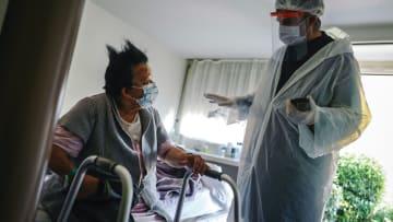 ما هي الحالات الطبية الكامنة التي يمكن أن تؤثر على استجابة الجسم بمحاربة فيروس كورونا؟