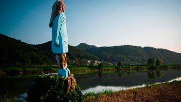 بعد تخريبه.. إزالة تمثال ميلانيا ترامب بالقرب من مسقط رأسها في سلوفينيا