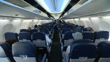 """إليكم سبب """"خوف"""" الناس من الصعود على متن الطائرات في ظل الوباء"""