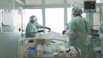 البرازيل تتحول إلى موقع سباق عالمي للقاح فيروس كورونا.. ماذا يقول المشاركون في التجارب؟