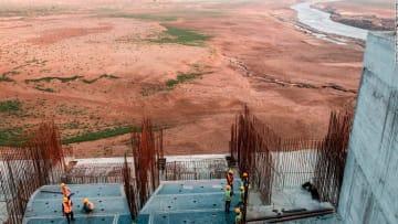 مصر هددت بتدميره.. هل يشعل سد النهضة الأثيوبي فتيل الحرب؟